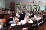 Воспитанники старшей группы № 4 под руководством воспитателя Малько О.Ю. посетили детскую библиотеку